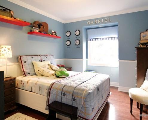 Бледно-голубой в детской комнате