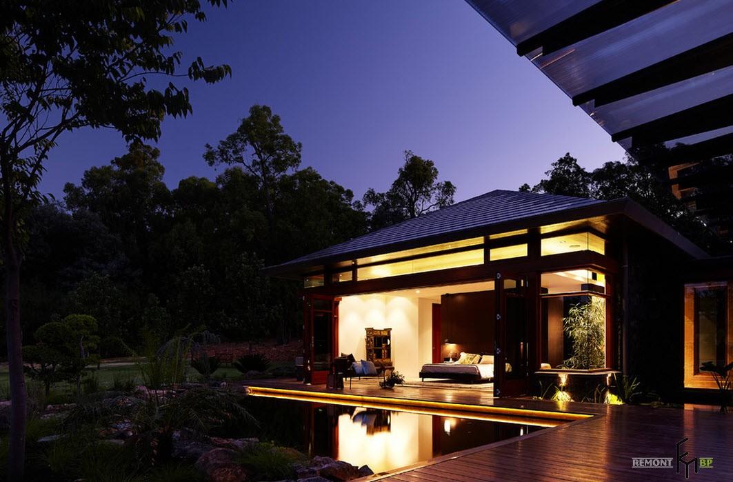 Ночная подсветка японского дома