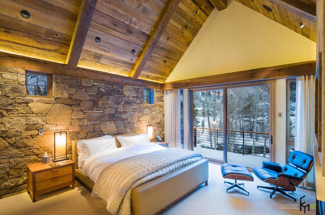 Сводчатый потолок в спальне