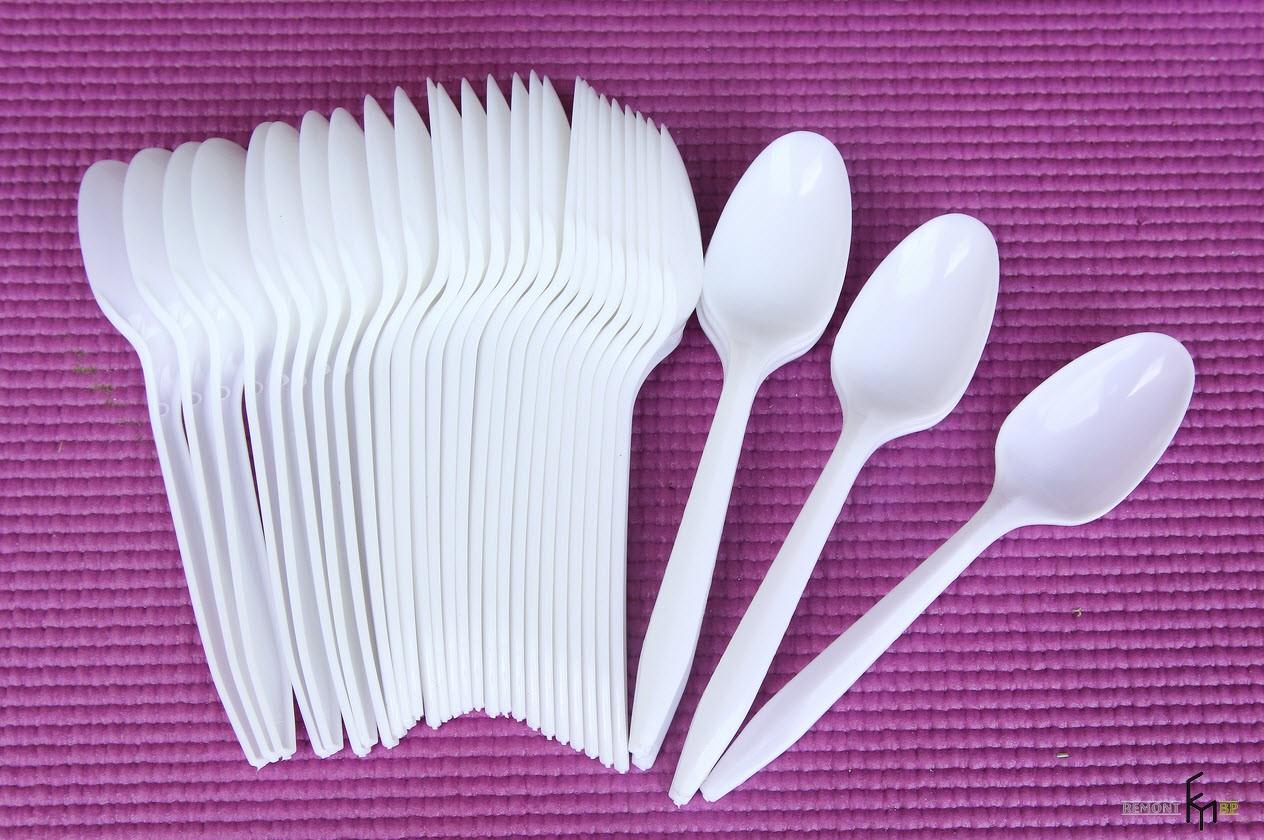Пластиковые ложки