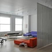 Нитяные шторы в комнате