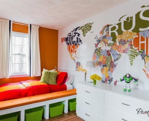 Зеленые ящики под кроватью в детской