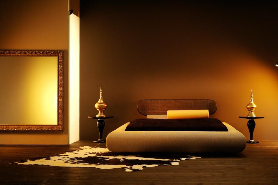 Восточные нотки в дизайне спальной комнаты