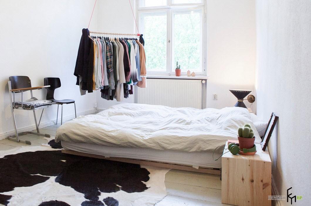 Своеобразный интерьер спальни