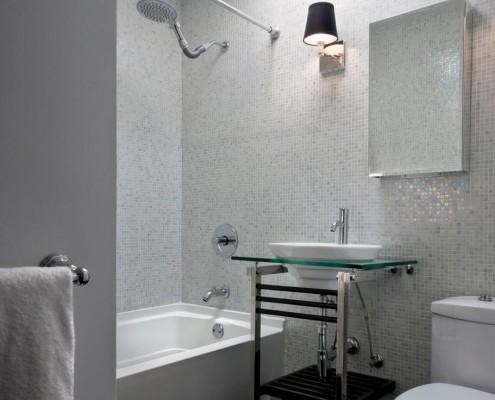 Светильник в ванной комнате