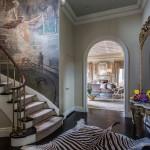 Красивые лестницы в интерьере загородного дома