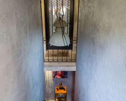 Лестница в доме на воде