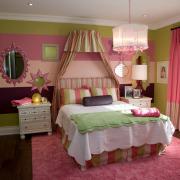 Милая розовая спальня