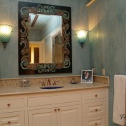 Настенные бра в ванной