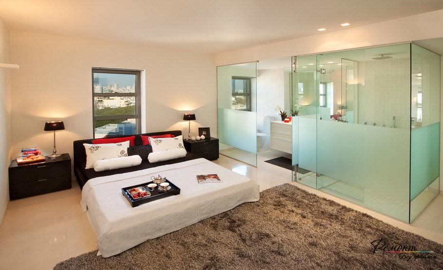 Прозрачные перегородки в спальне