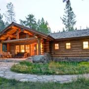 Дом в охотничьем стиле