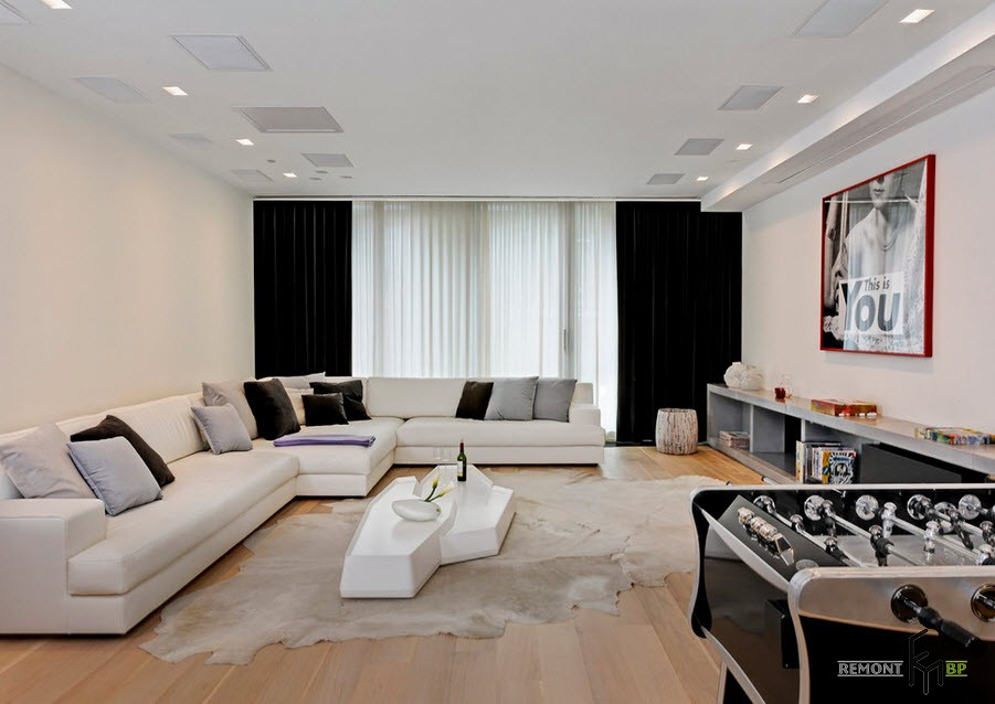 Белый угловой диван из 3 модулей